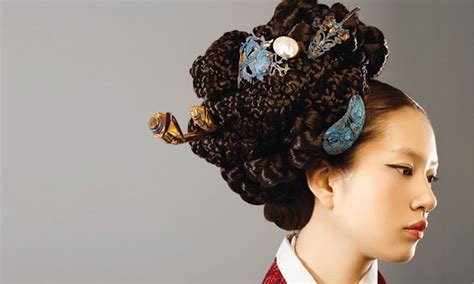 korean hairstyle for hanbok holy hairdo batman haiiiiiirs pinterest best korean