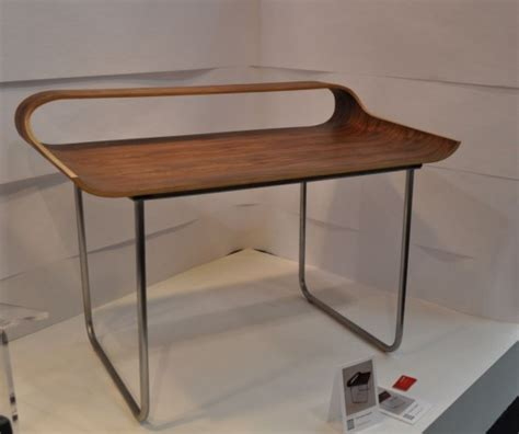 stylish curved minimalist desk digsdigs stylish curved minimalist desk digsdigs