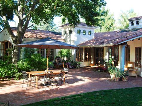 spanish style backyard 10 spanish inspired outdoor spaces hgtv