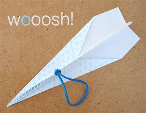 How To Make A Paper Catapult - catapult paper airplane minieco