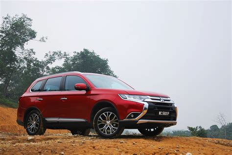 mitsubishi malaysia mitsubishi outlander test drive review autoworld com my