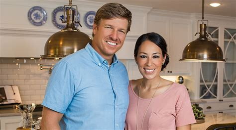 chip and joanna gaines address here s why chip joanna gaines s new show fixer upper