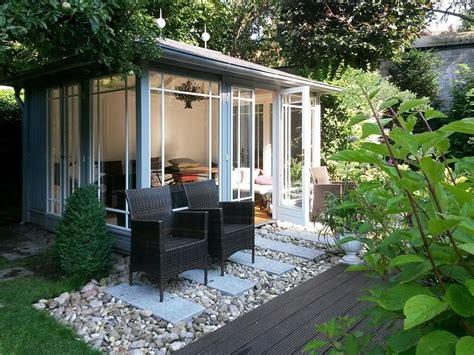 gartenpavillon modern ambiznes - Pavillon Modern