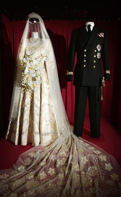 Elizabeths Wedding Dress Our One 5 by Elizabeth Ii My Wedding Scrapbook