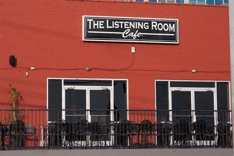 the listening room nashville the listening room caf 233 nashville guru