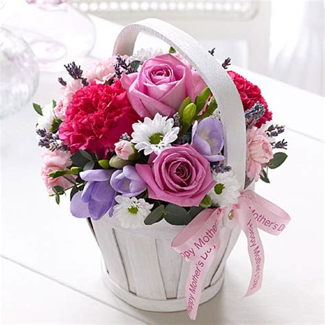flowers for mothers day gift guide mothers day cashmere caviar