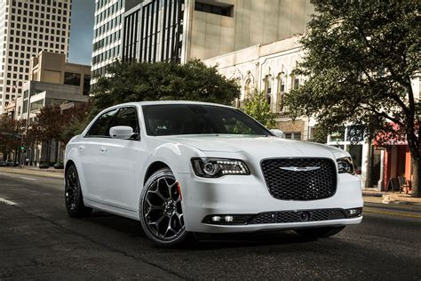 chrysler 300s 2015 2015 chrysler 300 the last of the big american rides