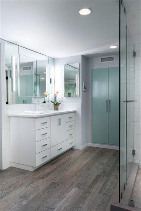 Sylvan Highlands, master bath   Contemporary   Bathroom