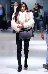pregnant naya rivera layers   fur jacket   jets