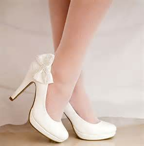 Cheap wedding shoes for brides on a budget