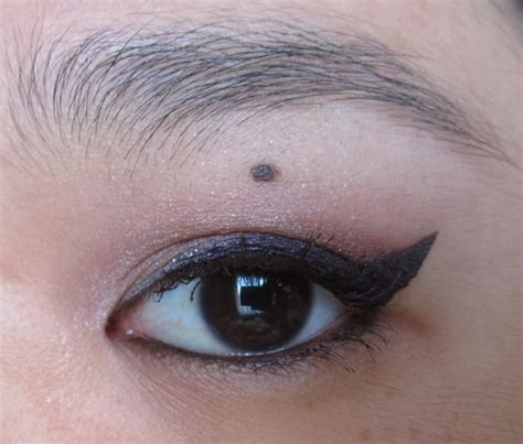 light brown gel eyeliner the blackmentos beauty box eotd light brown with purple