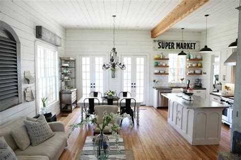 10 things you wanted to know about quot fixer upper quot on hgtv