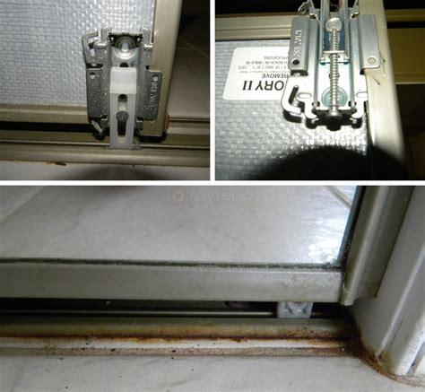 Mirror Closet Door Hardware Dsh 20121 Mirrored Bypass Door Roller Swisco