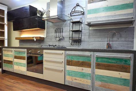 cucina stile vintage cucina linea eco vintage stile vintage con ante in legno