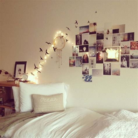what to put in a bedroom university room ideas festive lights