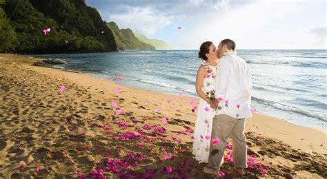 Wedding Ceremony Kauai by Kauai Weddings And Honeymoons Kauai Hawaii
