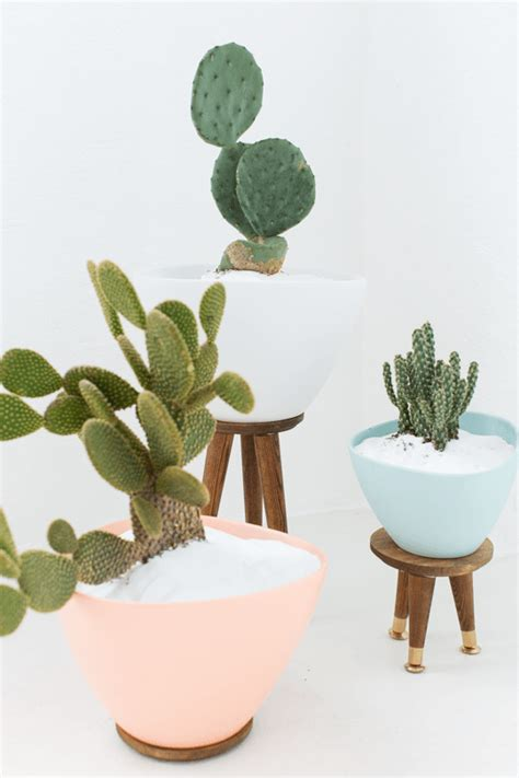 mid century modern planter 25 creative diy planter projects