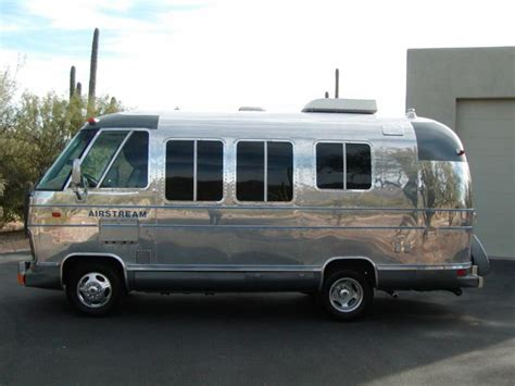 1977 Polished 20' Airstream Argosy motorhome    (It looks the the metal endcaps have been