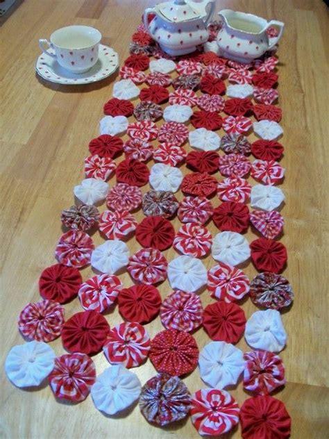 white christmas table runner yoyo table runner primitive peppermint christmas white red