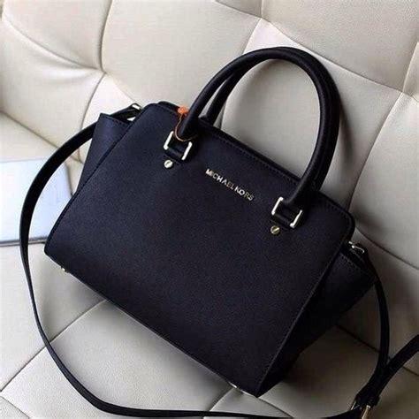 michael kors women shop online watches handbags purses michael kors handbags shop michael kors for jet set luxury