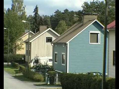 how do they live homes in finland