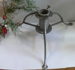 vintage christmas tree stand by vintageappletreasure on etsy
