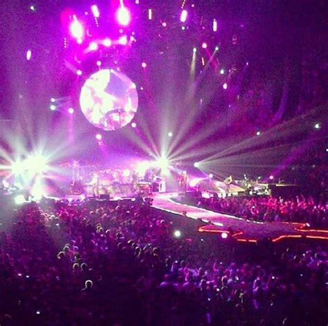 coldplay quebec coldplay concert at the bell center montreal qc coldpay