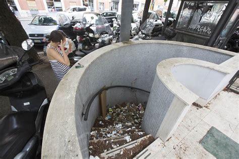 bagni pubblici roma i bagni pubblici all angolo fra via castel fidardo e via