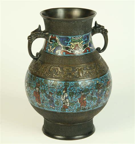 vasi cinesi cloisonne vaso cinese in bronzo con decorazione cloisonne inizio xx