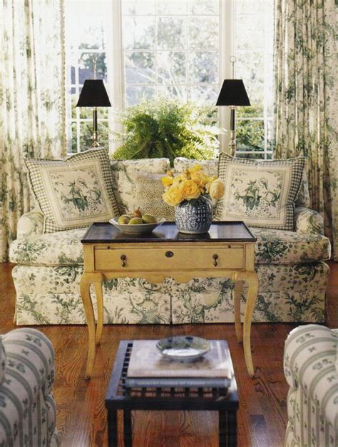 country style sitting rooms this country style sitting room uses green toile a light colored coffee table and not