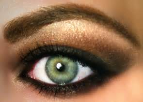 eyeshadow colors for green eye shadow tips
