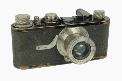 'leica 1' camera, made by leitz, 1925. at science and