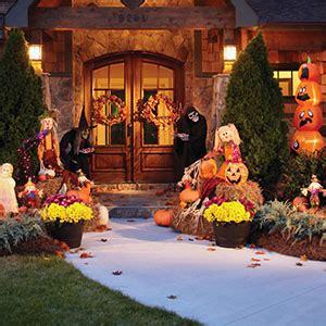 creep   neighbors  halloween decor garden club