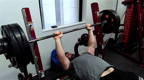 bench press no spotter 150kg 330lbs bench press no spotter youtube