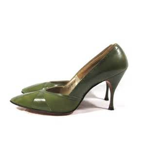 olive colored heels 1960 s stiletto pumps high heels in martini olive by