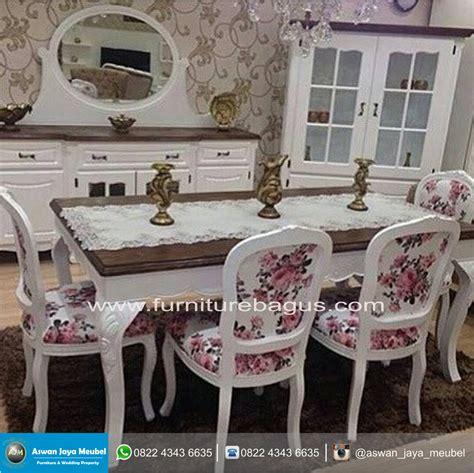 desain meja makan pengantin meja makan kayu murah dengan desain yang unik aswan jaya