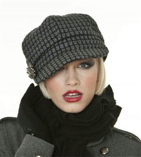 short cap like women s haircut perfect hat for short hair fashion pinterest fashion