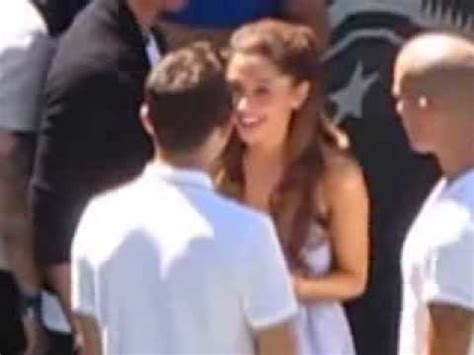 ariana grande biography youtube ariana grande and nathan sykes dancing to blurred lines