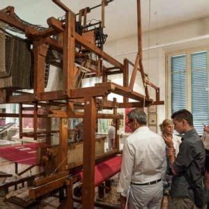museo della tappezzeria bologna il museo della tappezzeria rischia la chiusura repubblica it
