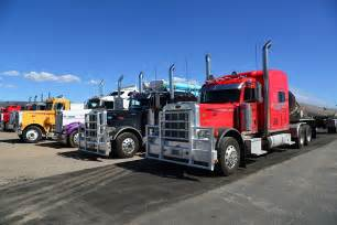 18 Wheel Truck Parking Free Free Photo Truck Semi Trailers Usa Free Image On