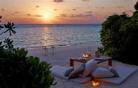 romantic beach dusit thani 171 luxury hotels travelplusstyle