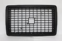 2013 volvo big rig all black 2004 2013 volvo vnl front grille w o bug screen