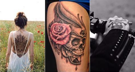 tatuagens com caveiras e esqueletos garotas rosa choque