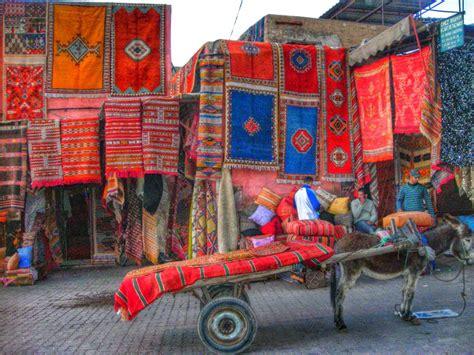 tappeti africani marrakech nel souk in hammam tra i riad viaggi