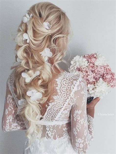 Wedding Hairstyles To The Side With Flower by 10 Beautiful Wedding Hairstyles For Brides Femininity