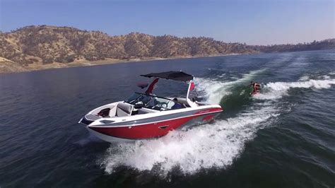 centurion boats youtube 2017 boat buyers guide centurion ri237 youtube