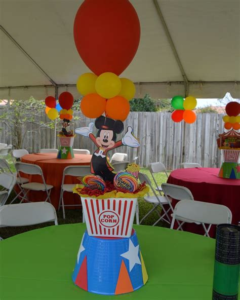 25 best ideas about circus centerpieces on