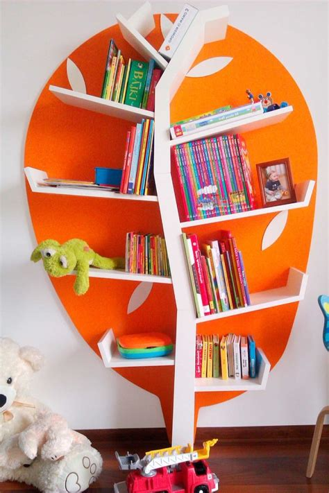 baum regal kinderzimmer 10 ideen zu kinderzimmer regale auf kinder