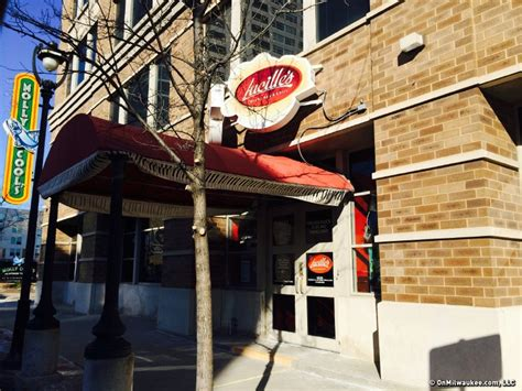 top milwaukee bars milwaukee s best bar for a bachelorette party girls