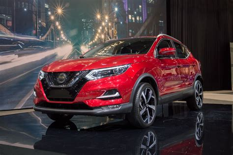 2020 nissan lineup 2020 nissan rogue sport brings more sleekness safety to